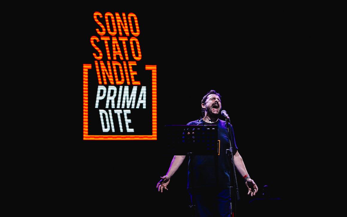 Max Collini legge l'Indie italiano – il tour
