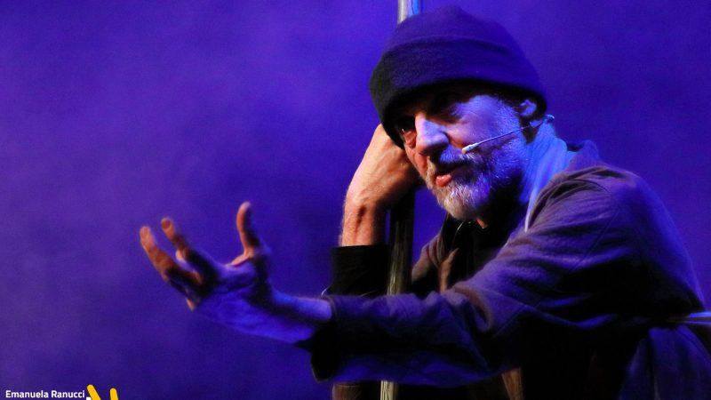 """""""Nel tempo degli dèi: il calzolaio di Ulisse"""" di Marco Paolini – Teatro Colosseo – 17 gennaio 2020"""