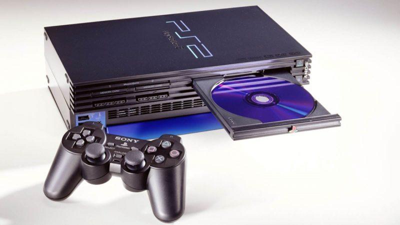 PlayStation 2, la console più venduta di sempre compie vent'anni