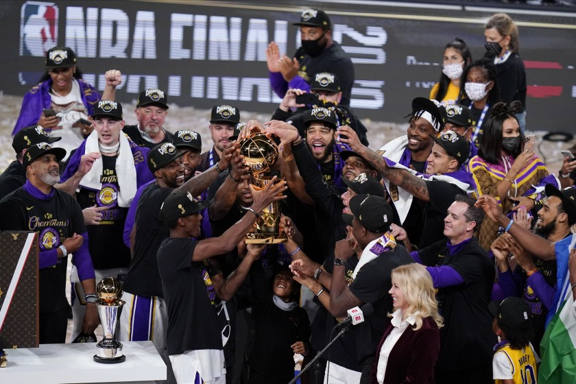 NBA: 10 anni dopo, Lakers campioni