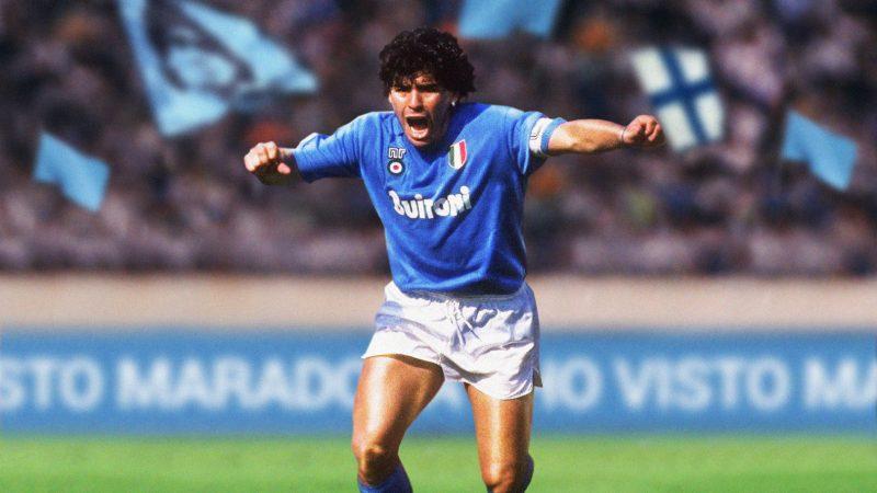Addio a Diego Armando Maradona, il Dio del calcio