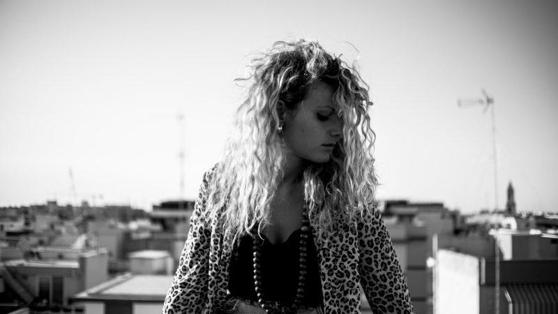 """""""Ho cercato di trasformare in musica tutte le cicatrici del passato"""": intervista a Frida"""