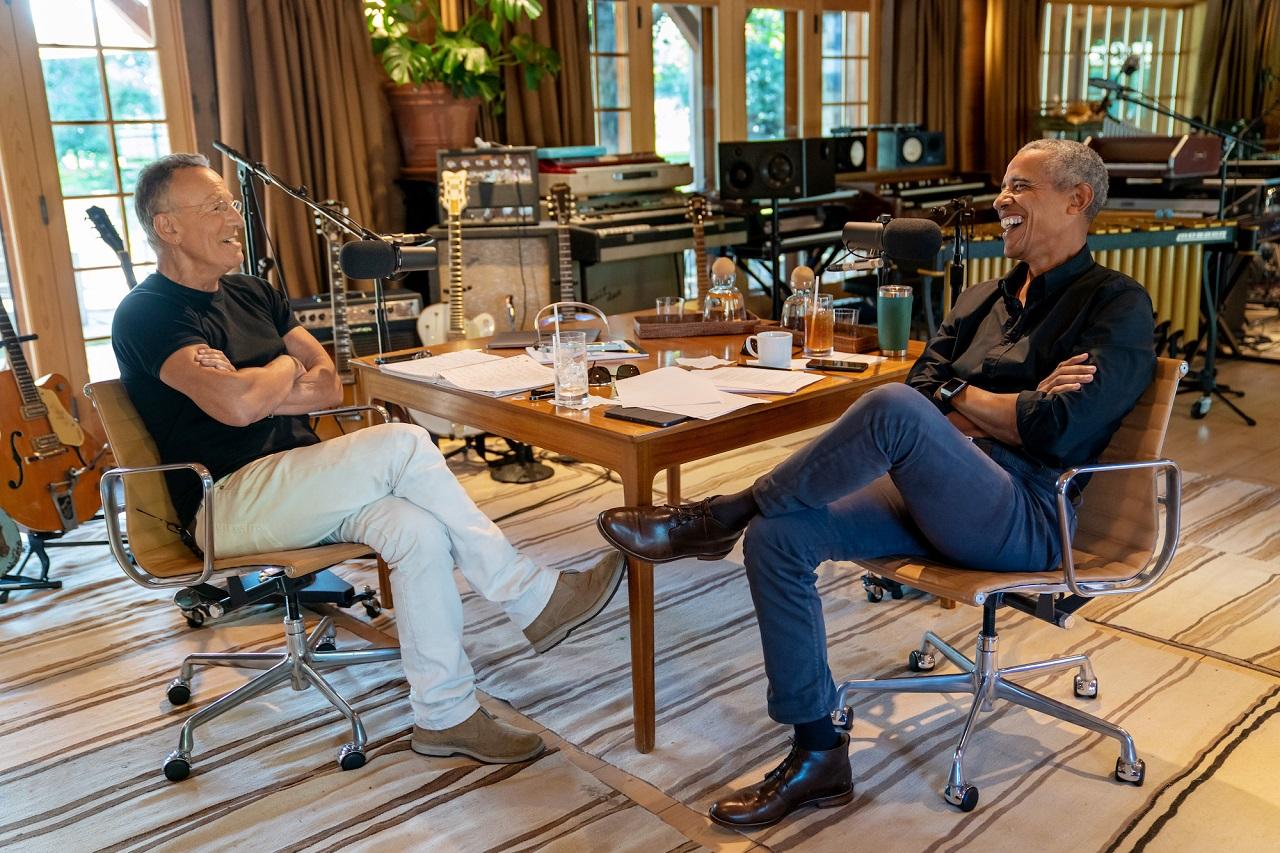 """""""Renegades: Born in the USA"""": il podcast di Obama e Springsteen è online su Spotify"""