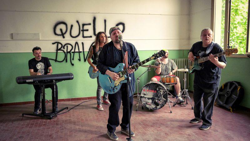 """Fabio Poli, """"Quello bravo"""" è il nuovo singolo: guarda il video"""