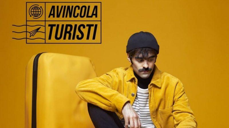 """Avincola al Ginzburg Park Festival dopo il suo album """"Turisti"""": l'intervista"""