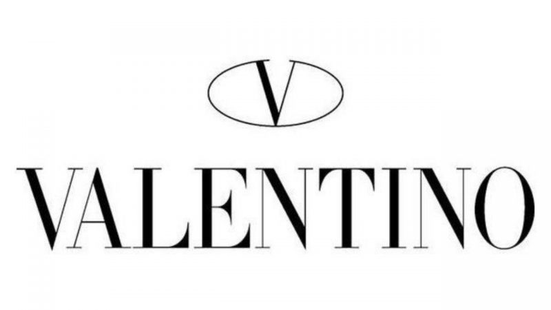 """""""V"""" for """"Valentino"""" and for """"Vaccinated"""""""